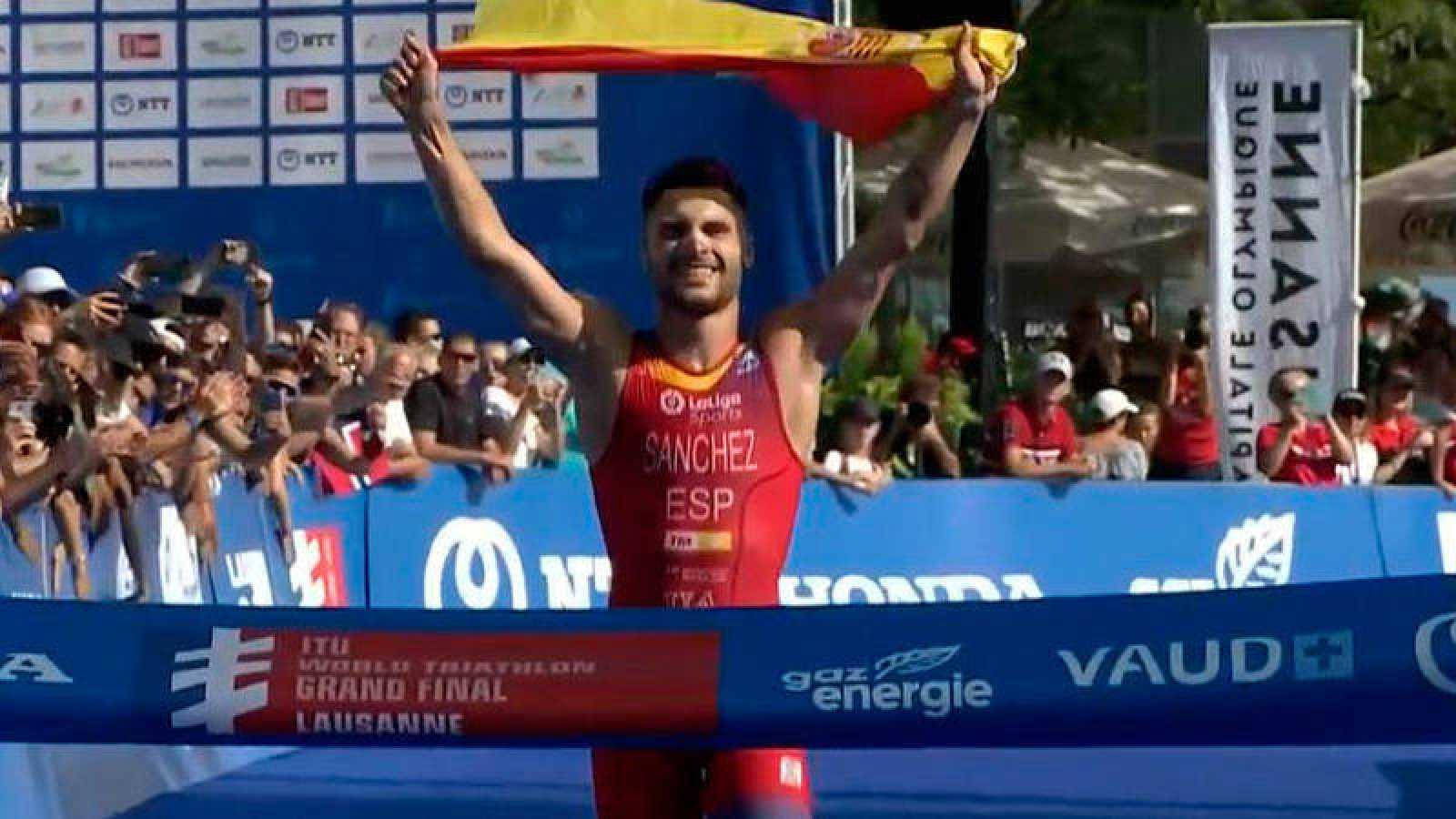 Roberto Sánchez, campeón del mundo Sub-23 de triatlón