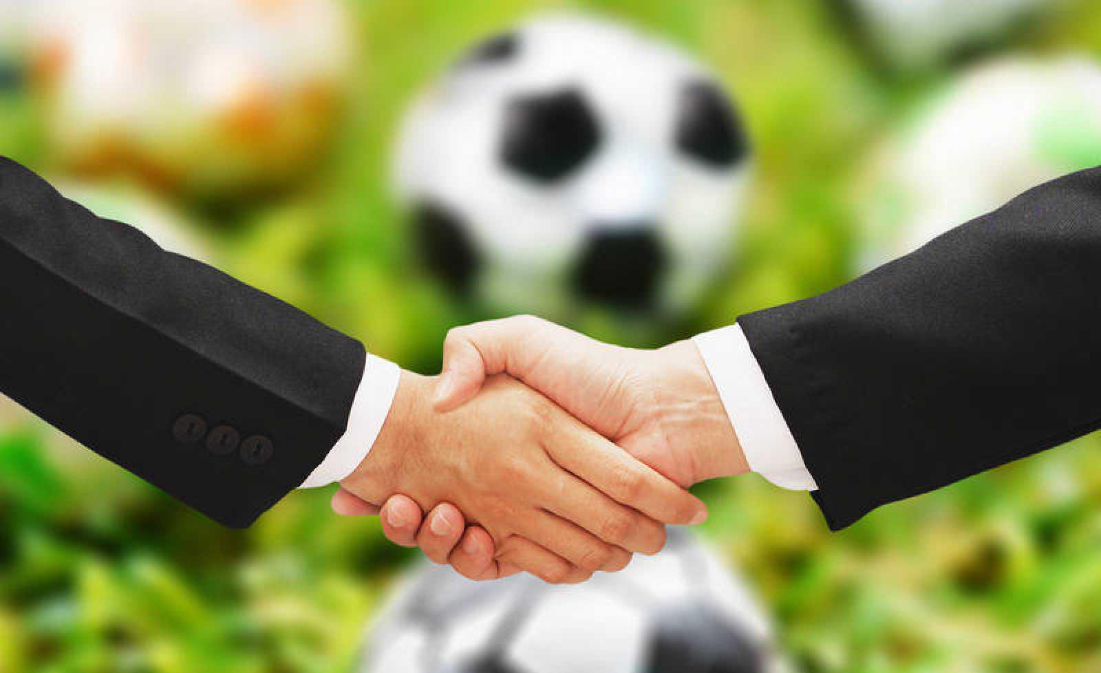 Composición artística de un acuerdo en el fútbol