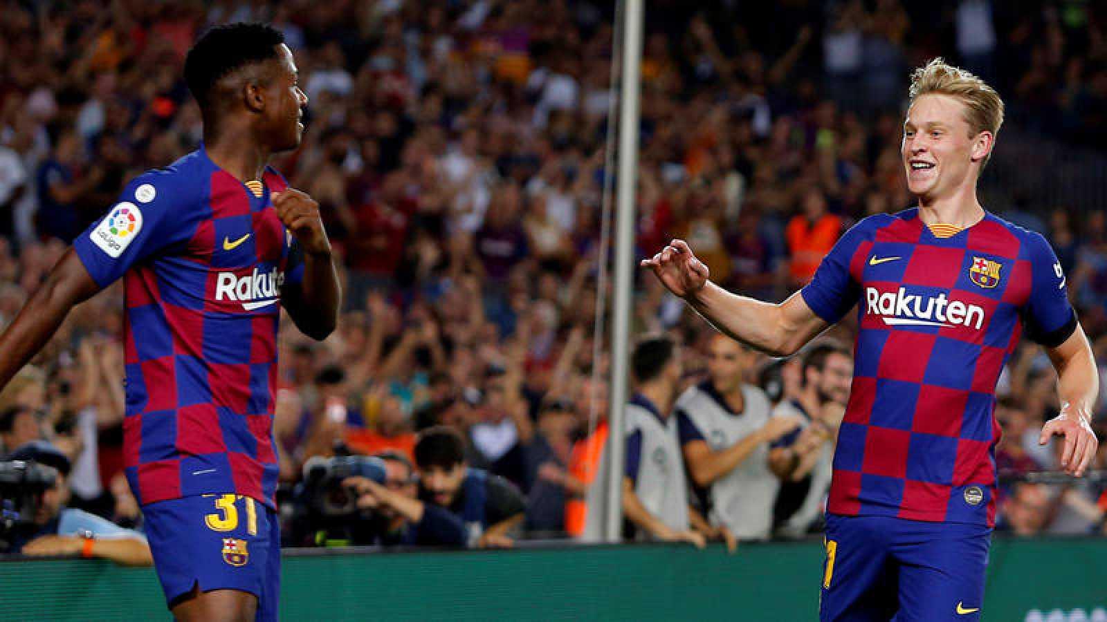 Ansu Fati y Frenkie de Jong, autores de los dos primeros goles del Barça ante en Valencia.