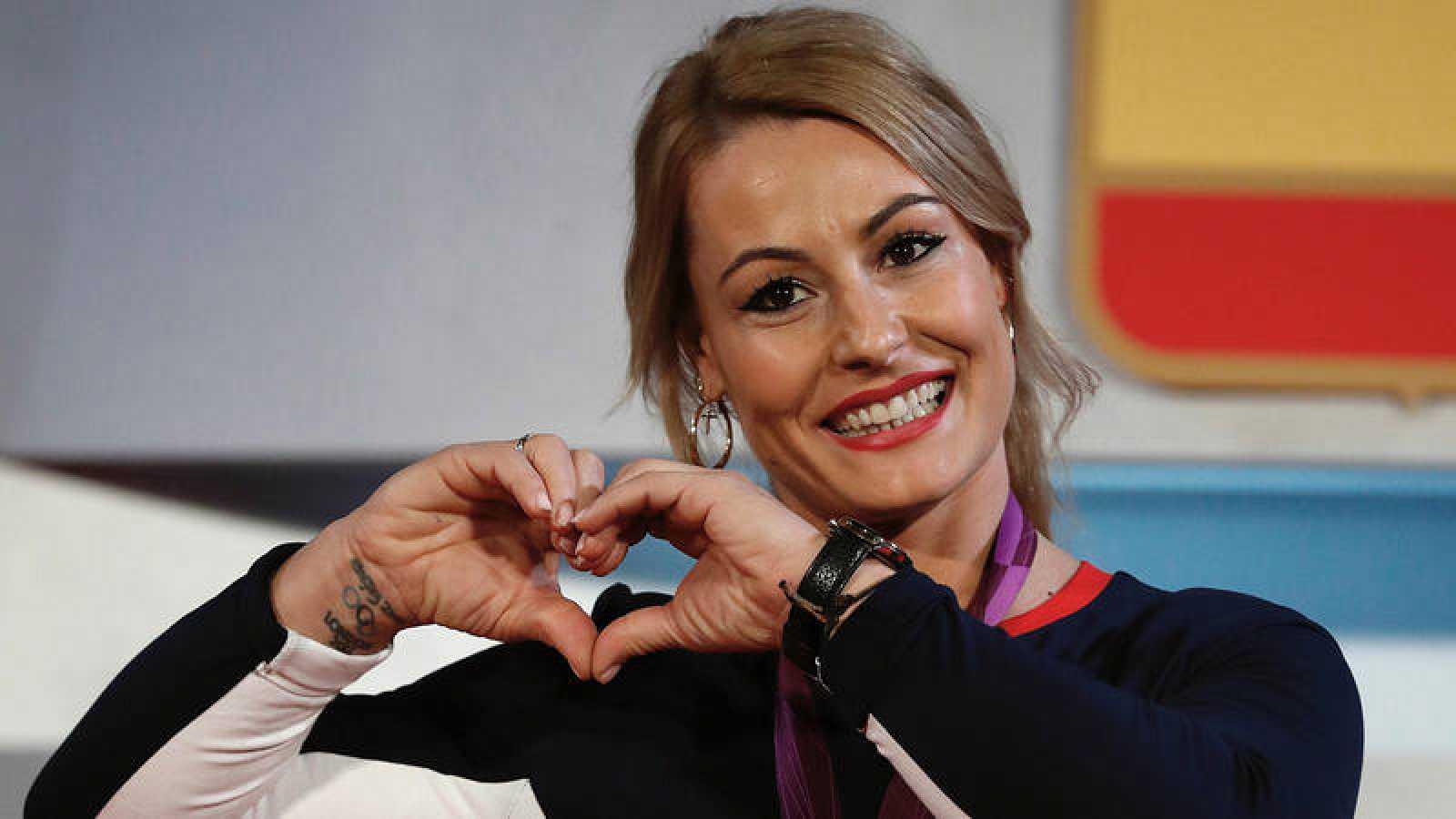 Lydia Valentín posa con la medalla de oro de Londres 2012, entregada el pasado febrero.