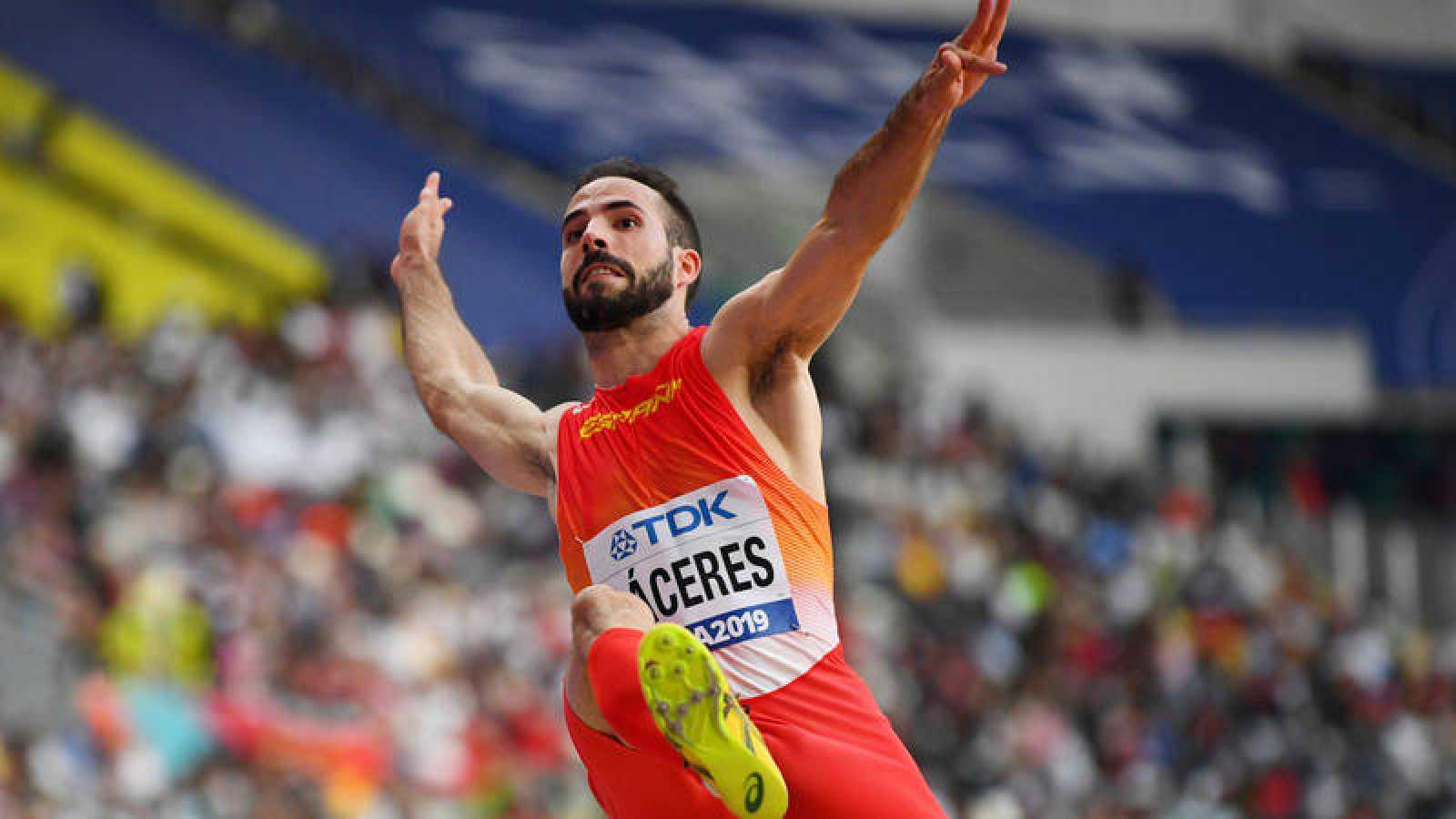 Eusebio Cáceres accede a su segunda final mundialista en longitud