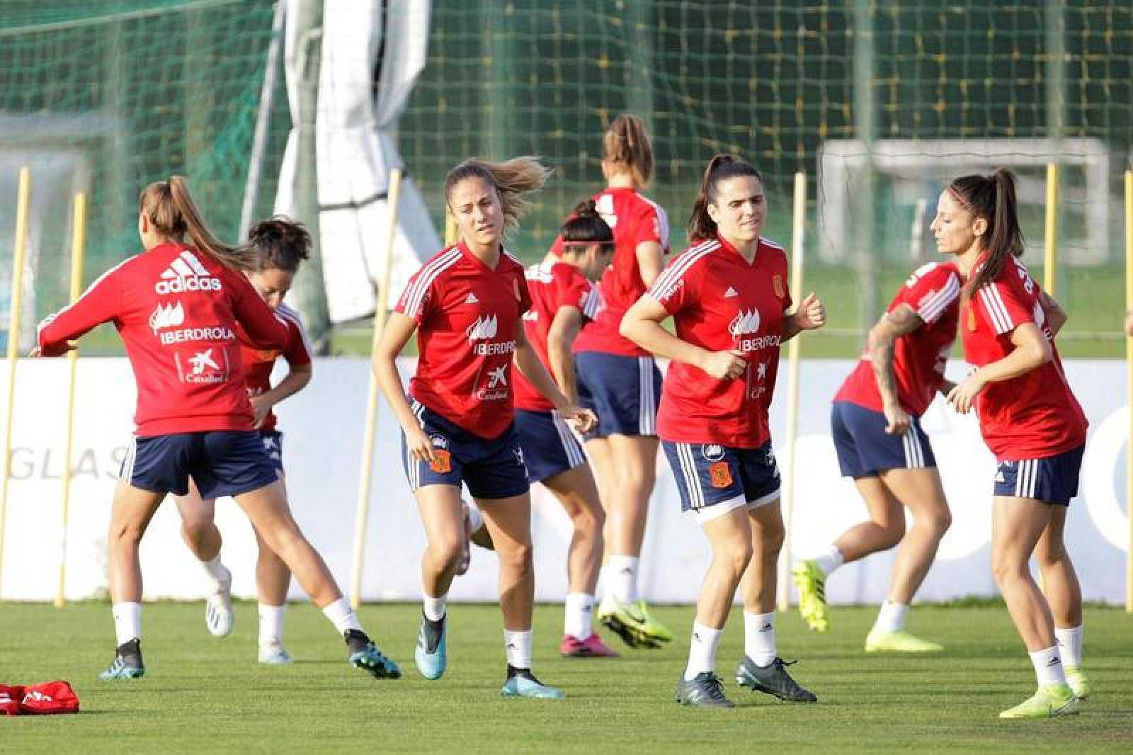 Entrenamiento de la selección española femenina