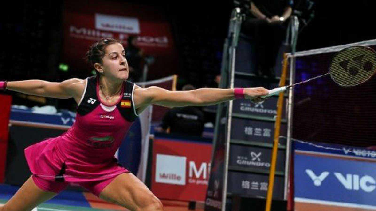 Carolina Marín accede a cuartos en Dinamarca tras una victoria épica