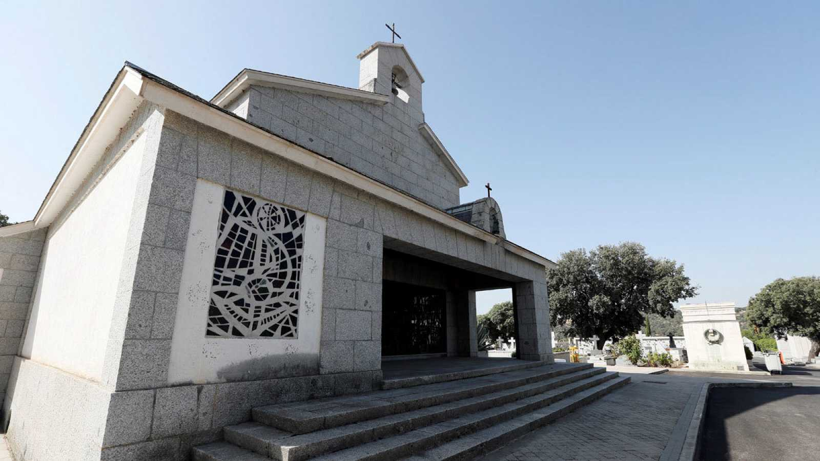 En elcementerio de El Pardo-Mingorrubio se encuentra el panteón familiar de los Franco.
