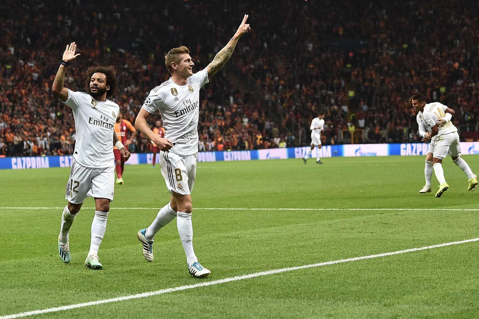 Toni Kroos celebra el único gol del partido en el Ali Sami Yen.