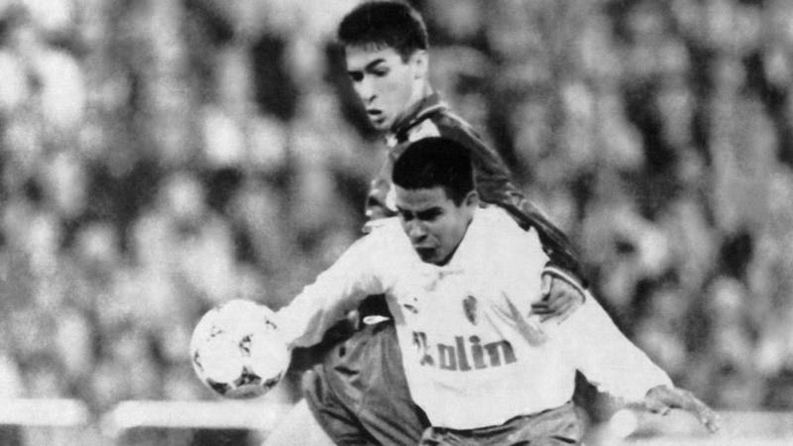 Raúl González, en su partido de debut con el Real Madrid en La Romareda, el 29 de octubre de 1994.