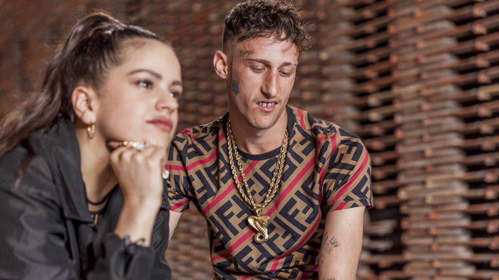 Rosalía y Yung Beef durante su entrevista en 'Mixtape'