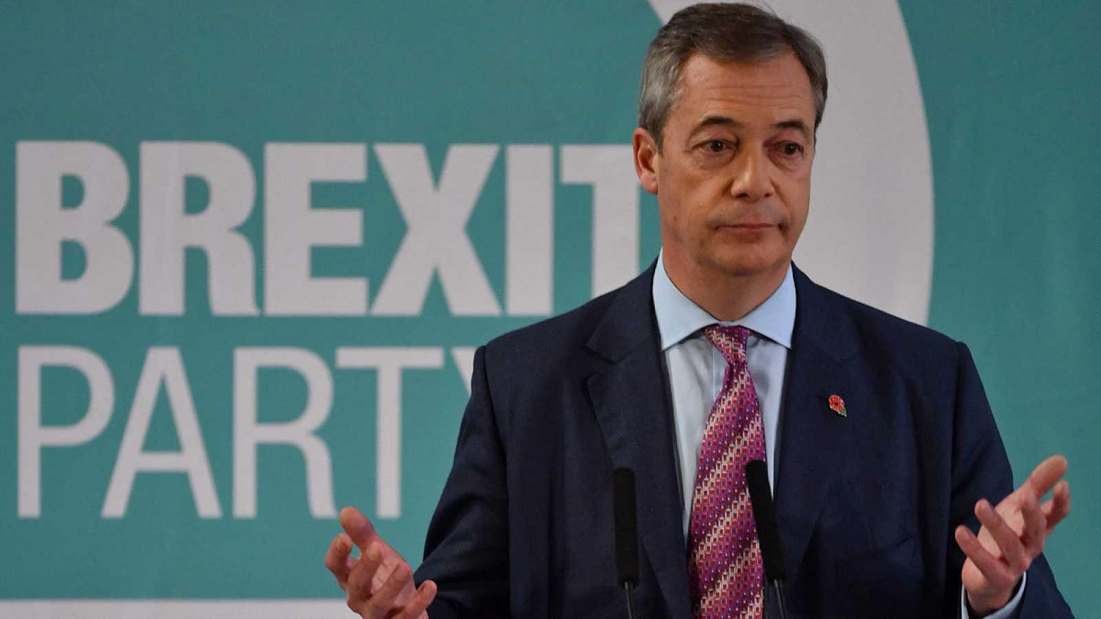 """Nigel Farage anuncia que su formación no presentará candidatos en los317 escaños ganados por los """"tories"""""""