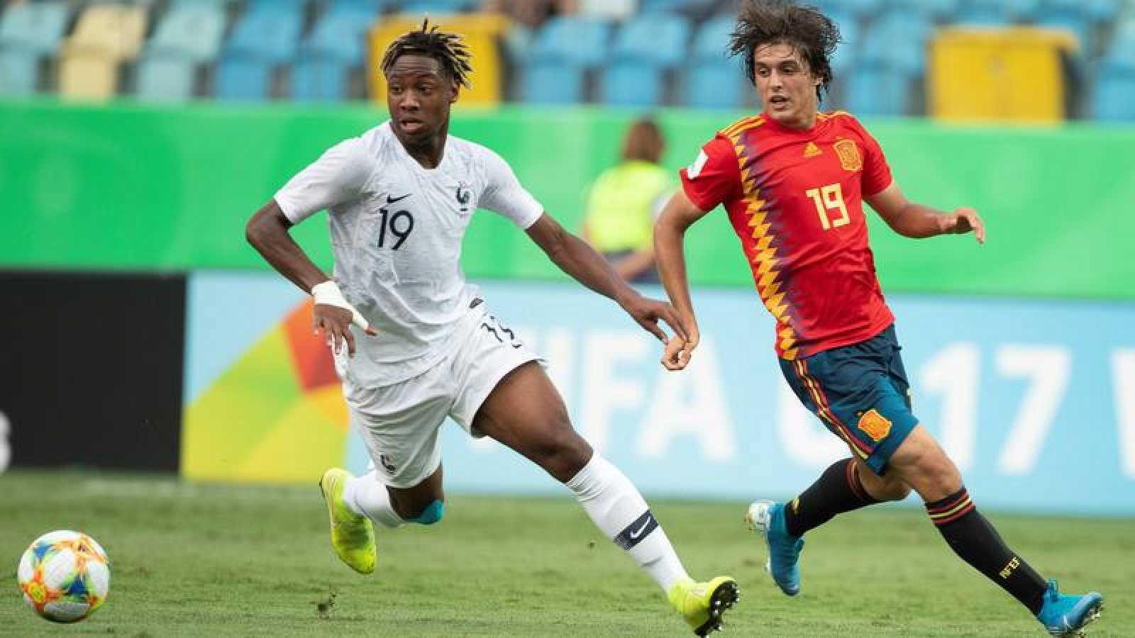 Francia castiga a España y le deja fuera del Mundial sub-17