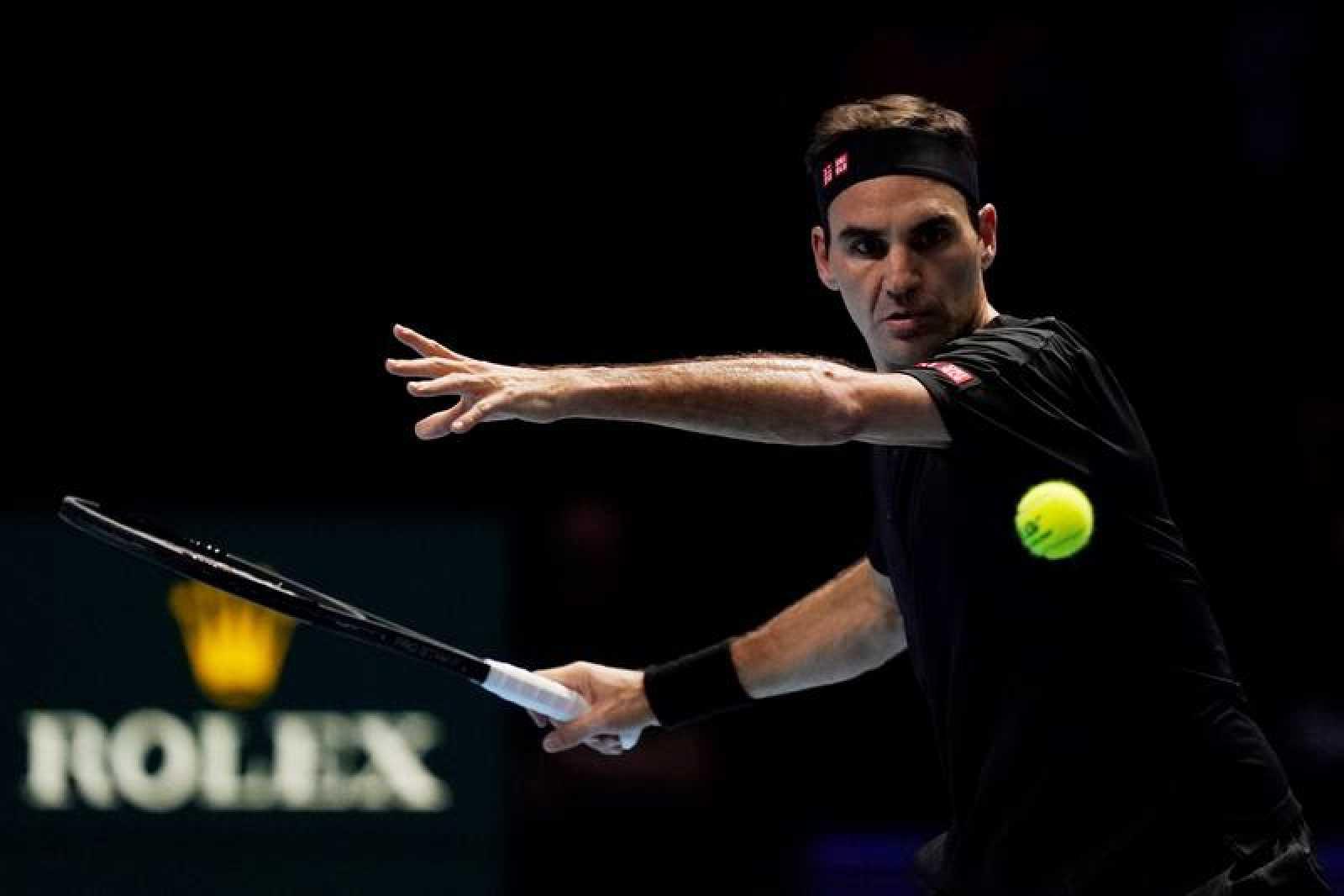 Federer, en el partido ante Djokovic en Londres