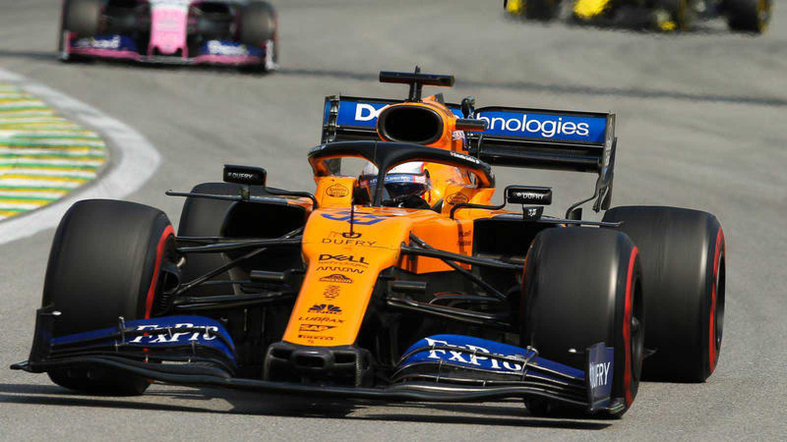 El español Carlos Sainz (McLaren9, durante la carrera del Gran Premio de Brasil.