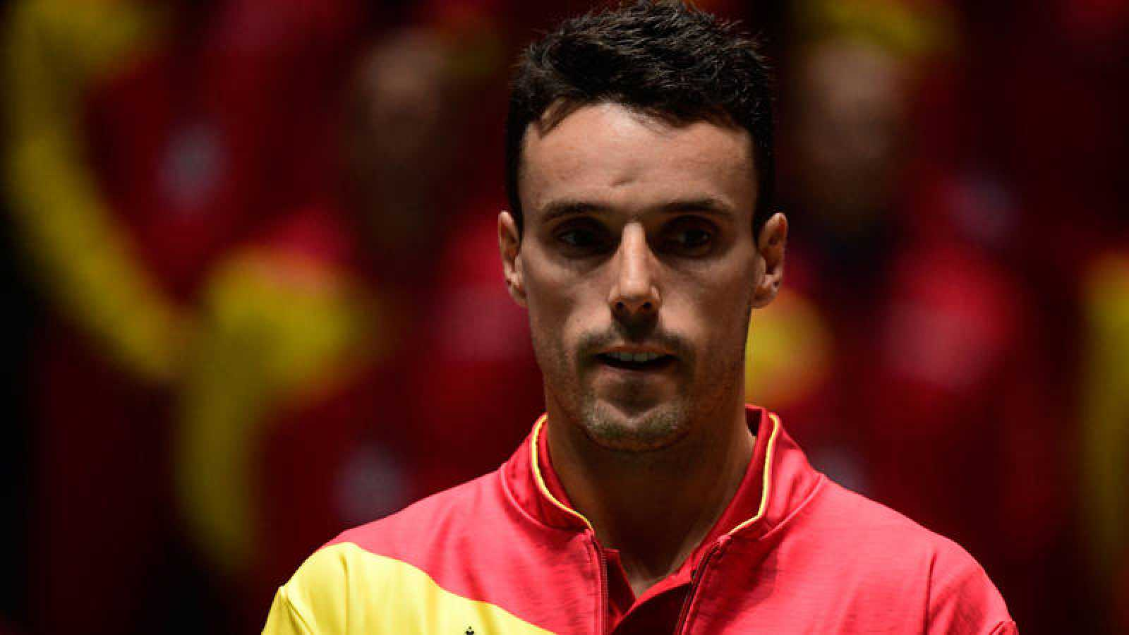 El tenista español Roberto Bautista, durante la ceremonia previa de la Copa Davis.