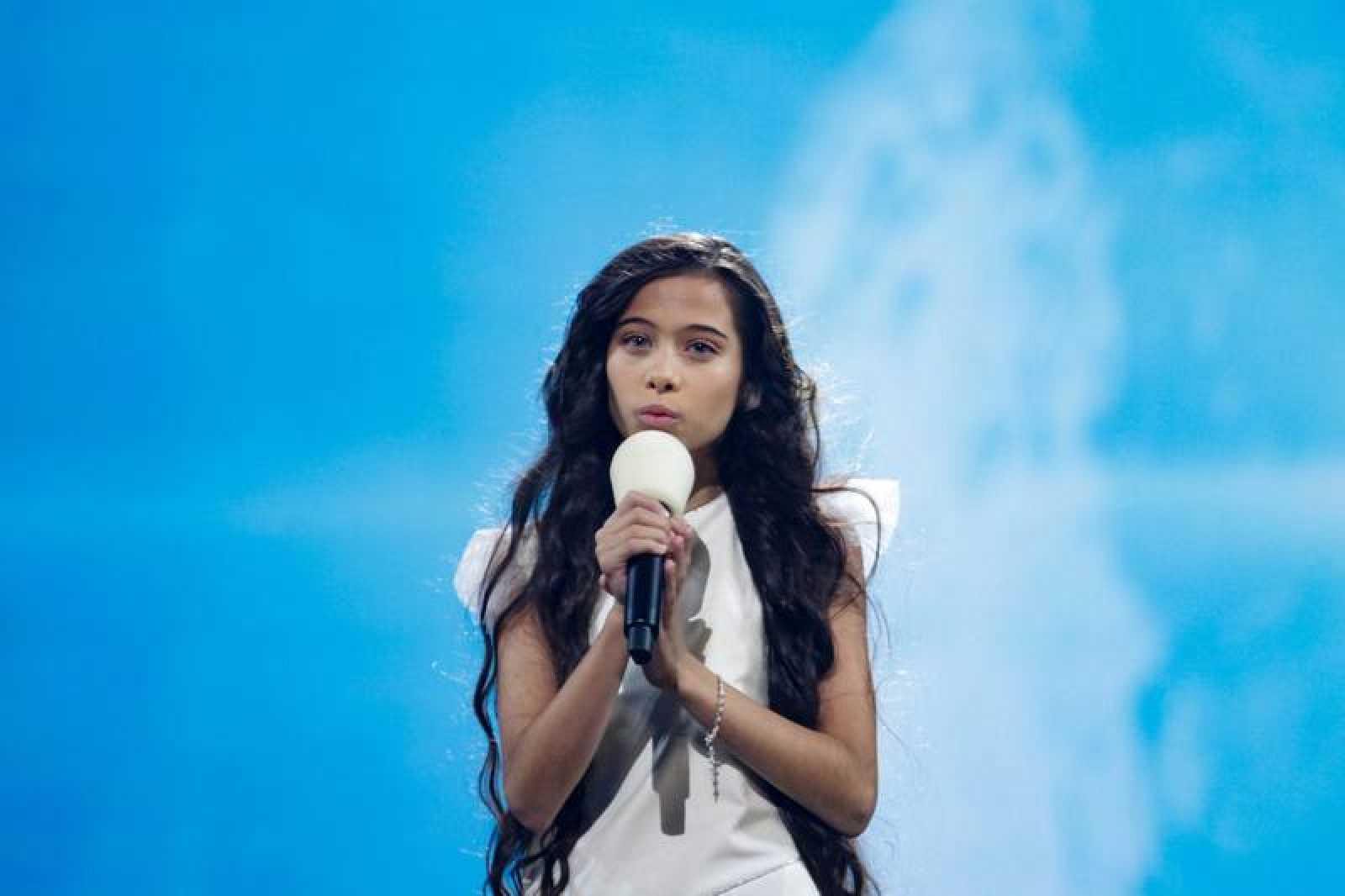 Melani durante su actuación de 'Marte' en Eurovisión Junior 2019