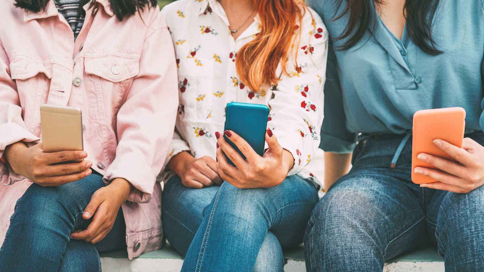 Navegar por internet es la principal actividad de ocio para el 75% de los jóvenes españoles
