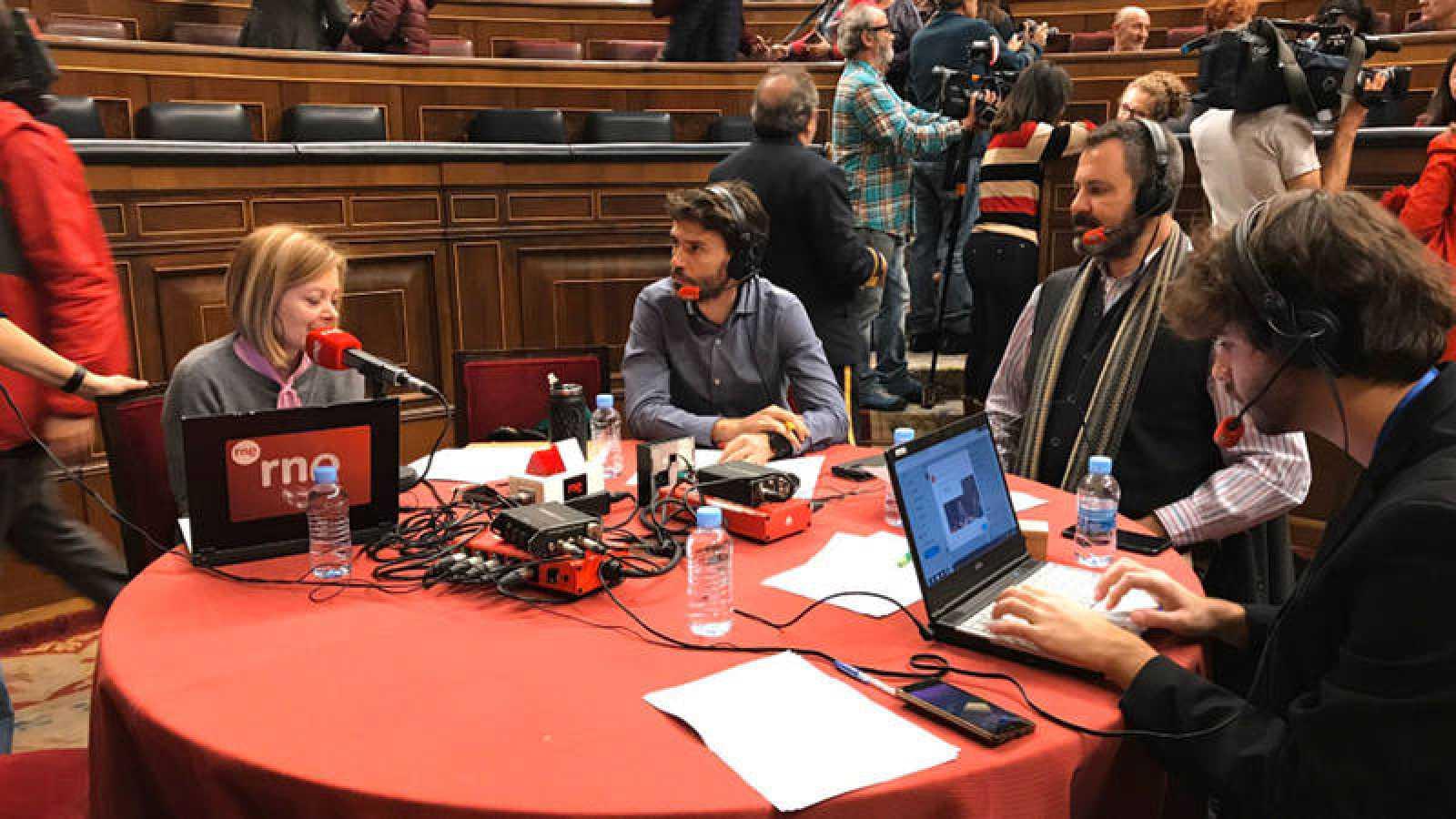 Pepa Fernández, en un momento del programa especial desde las Cortes.