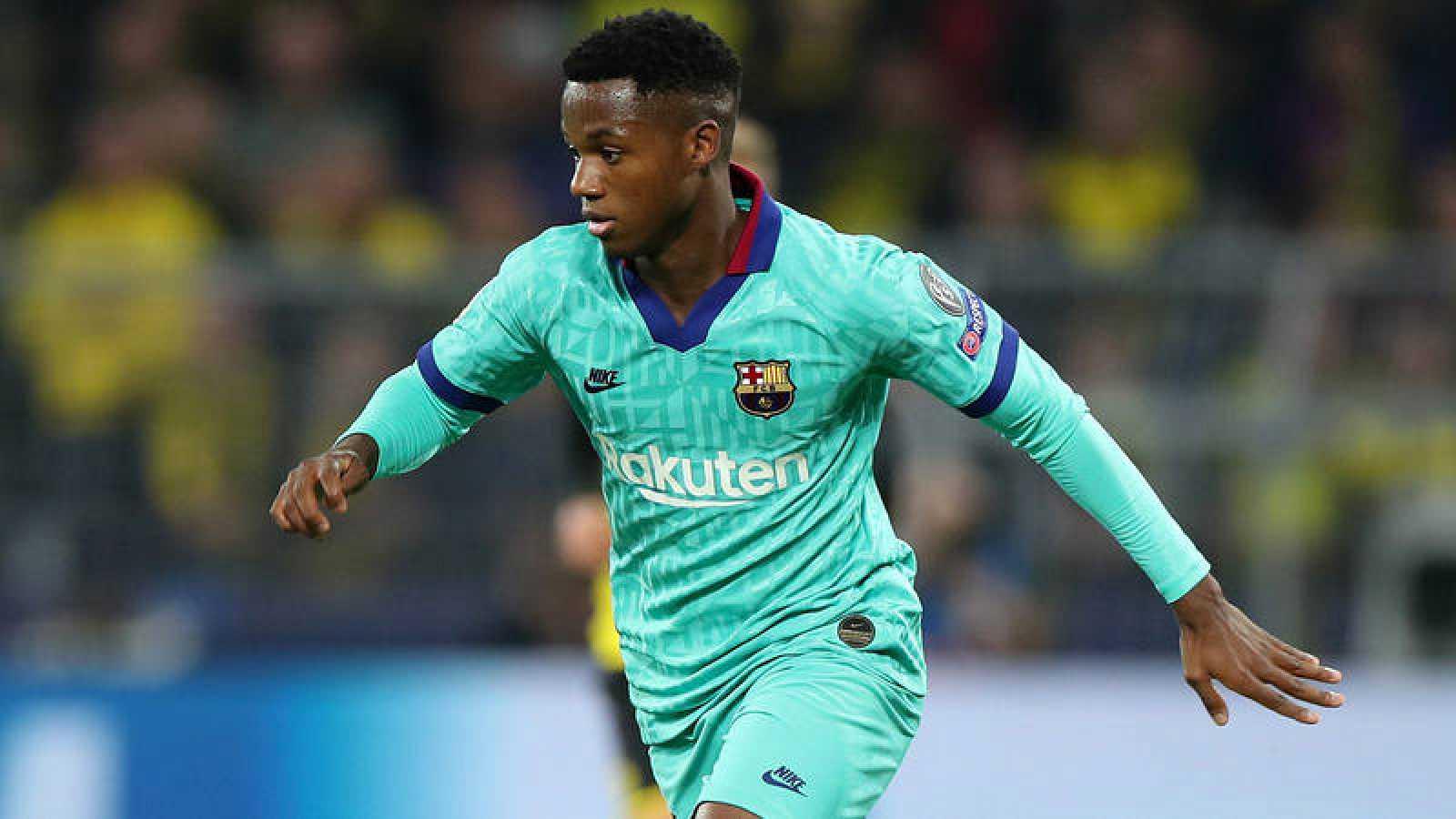 Ansu Fati alarga su contrato con el Barcelona.