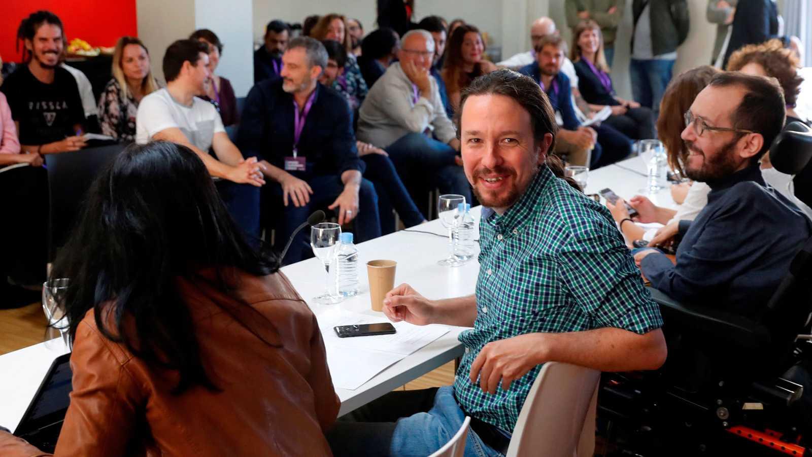 Imagen de una reunión del Consejo Ciudadano Estatal de Podemos.