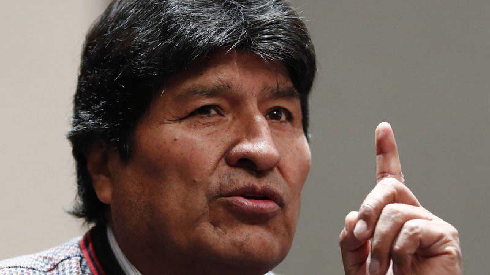 Evo Morales denounces double standards in de facto government policy