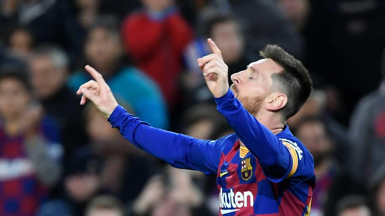 Messi celebra su gol contra el Alavés