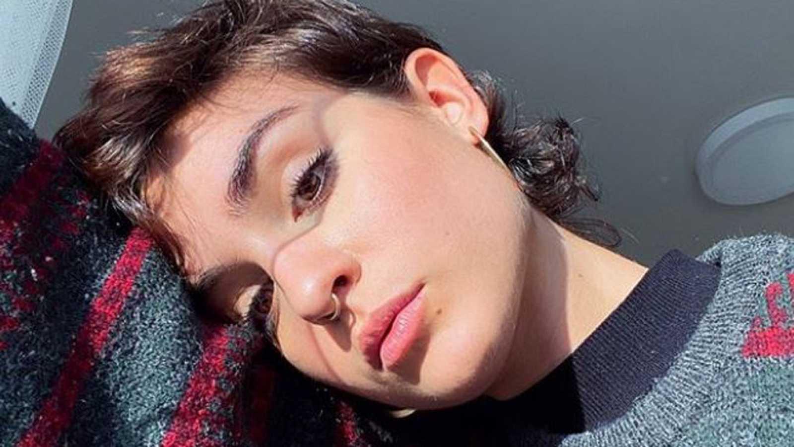 Natalia Lacunza anuncia dos temas para el mes de enero