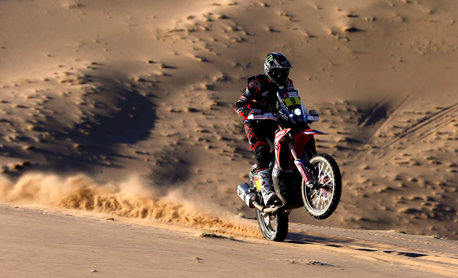 Imagen del estadounidense Ricky Brabec durante la primera etapa del rally Dakar 2020.