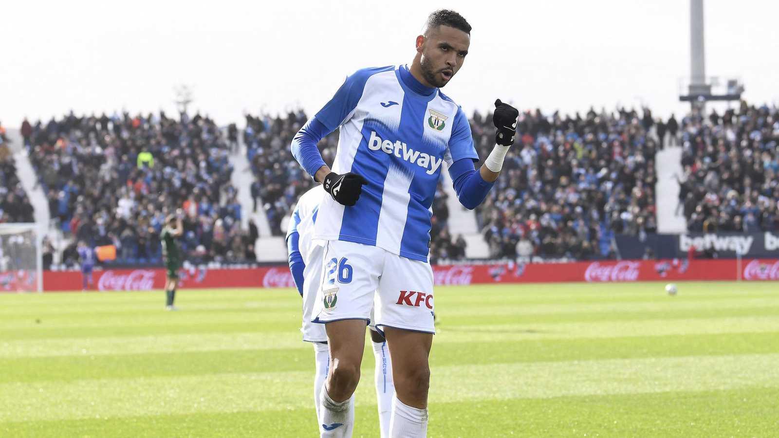 En-Nesyri celebra un gol durante un partido