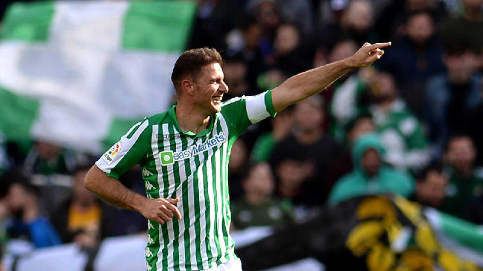 Joaquín celebra su gol ante la Real Sociedad en el Benito Villamarín.