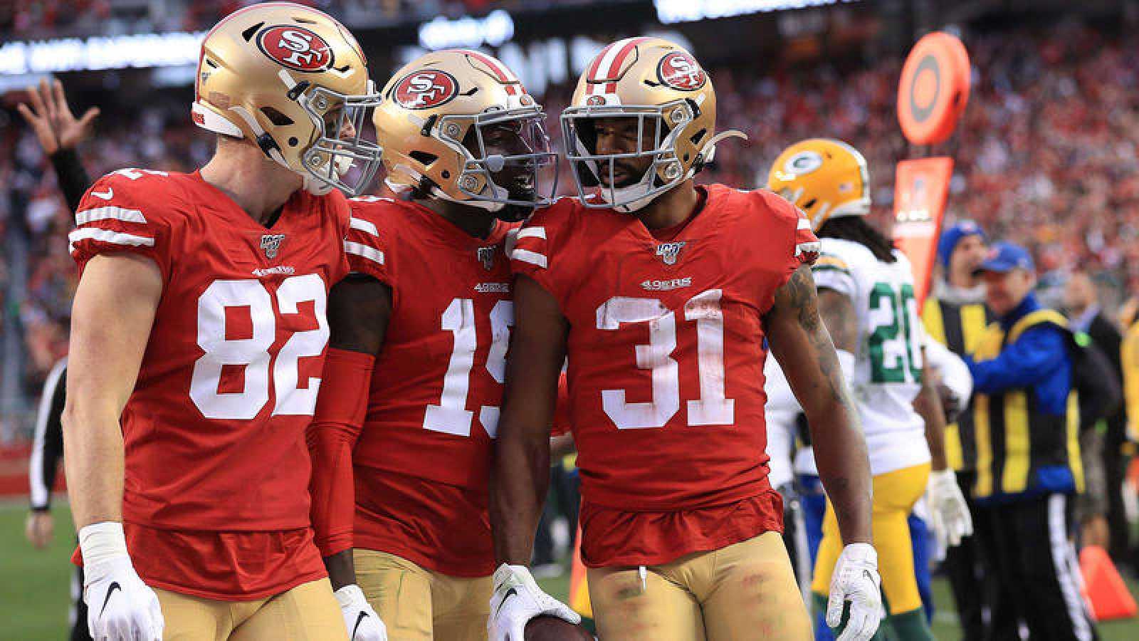 Raheem Mostert celebra el pase de los 49ers a la final de la Super Bowl.