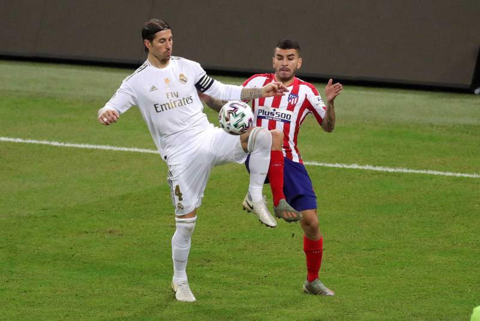 Ramos (i) y Correa, en la final de la Supercopa de hace tres semanas