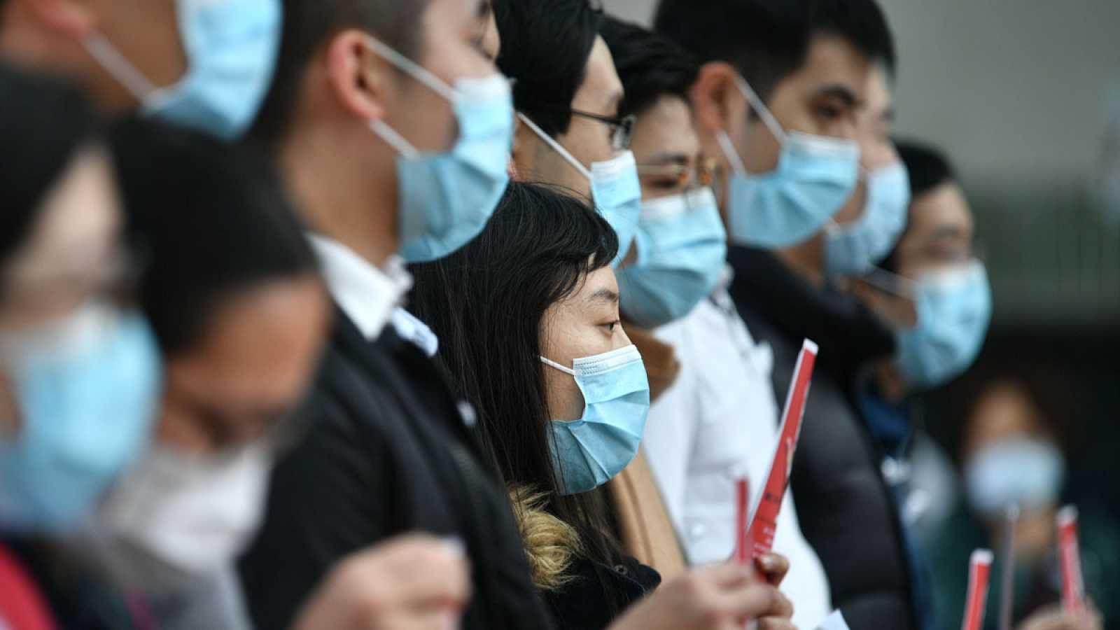El personal médico de Hong Kong, en huelga para pedir el cierre de la frontera con China para evitar la expansión del coronavirus.