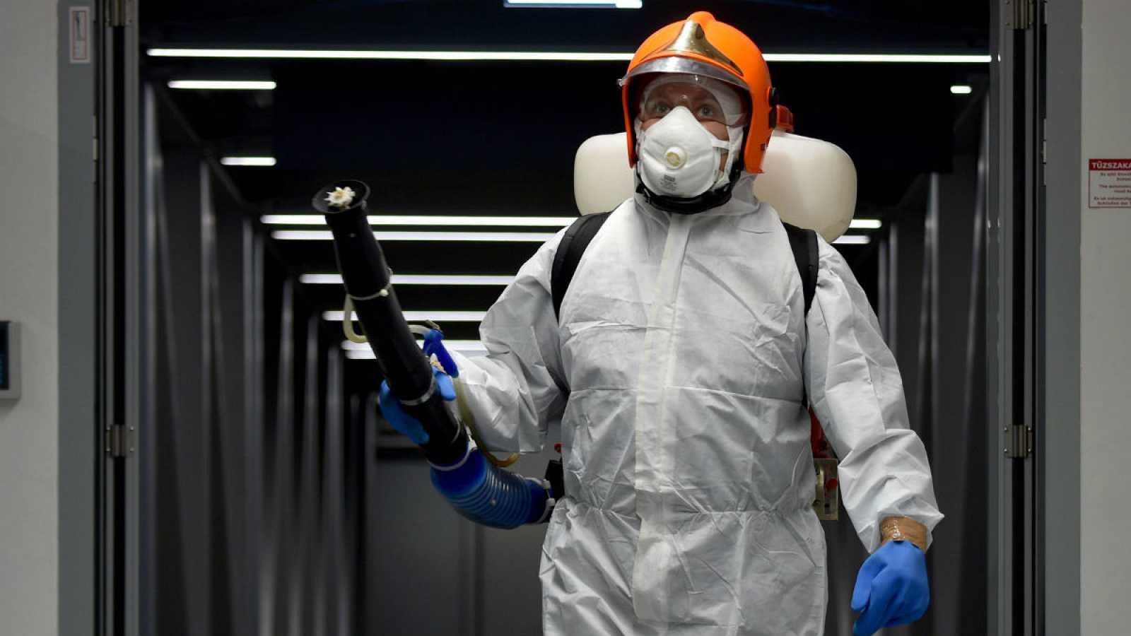 El aeropuerto húngaro Liszt Ferenc Airport, al igual que otras instalaciones similares, se prepara para prevenir la expansión del coronavirus chino.