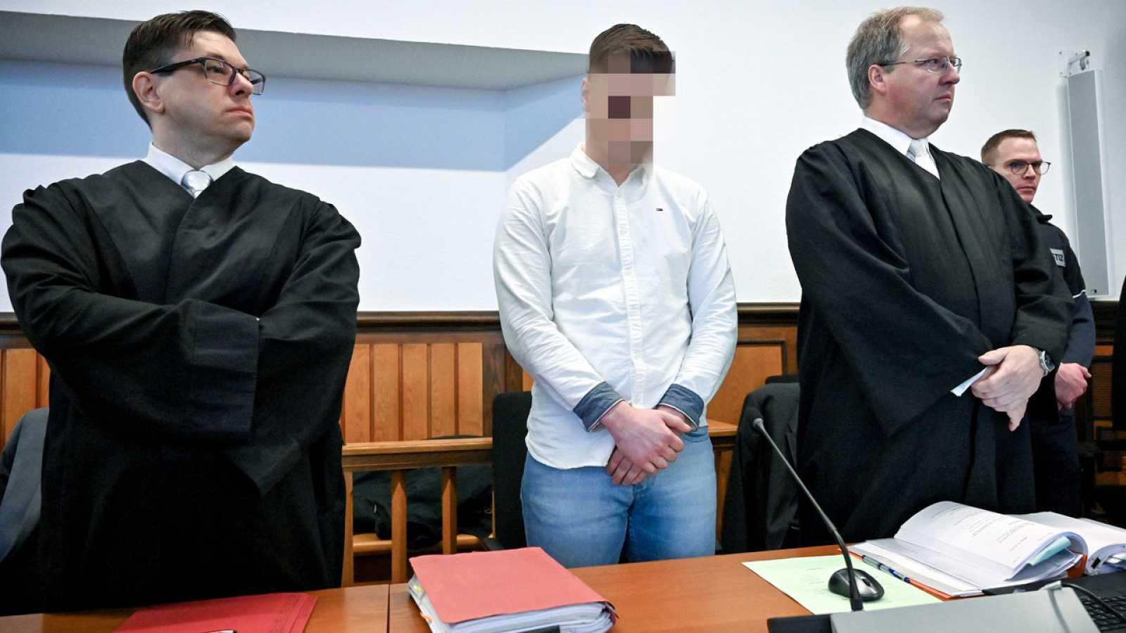 El condenado a cadena perpetua, durante el juicio en Kleve