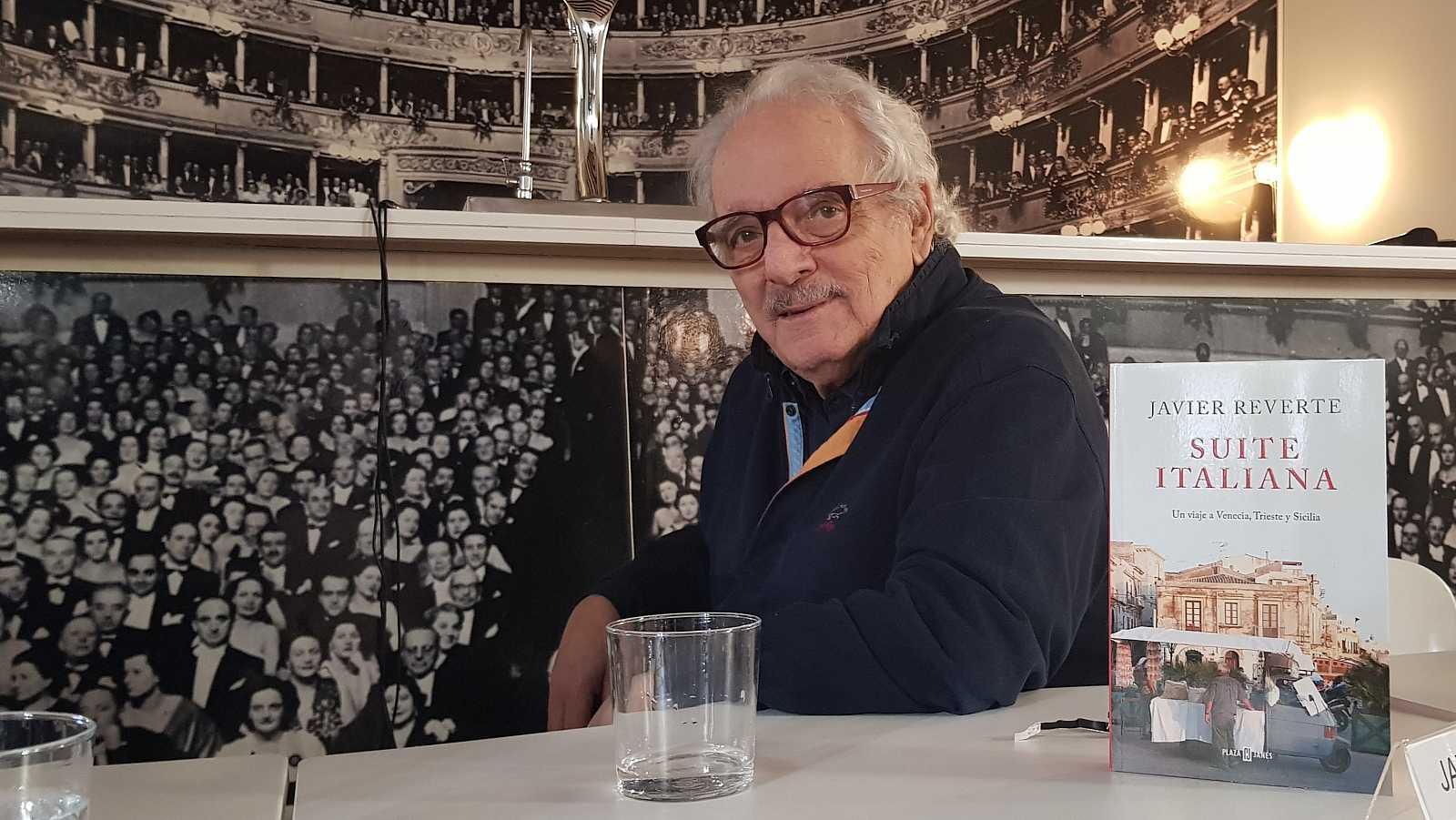 Javier Reverte, durante la presentación de su último libro: 'Suite italiana'.