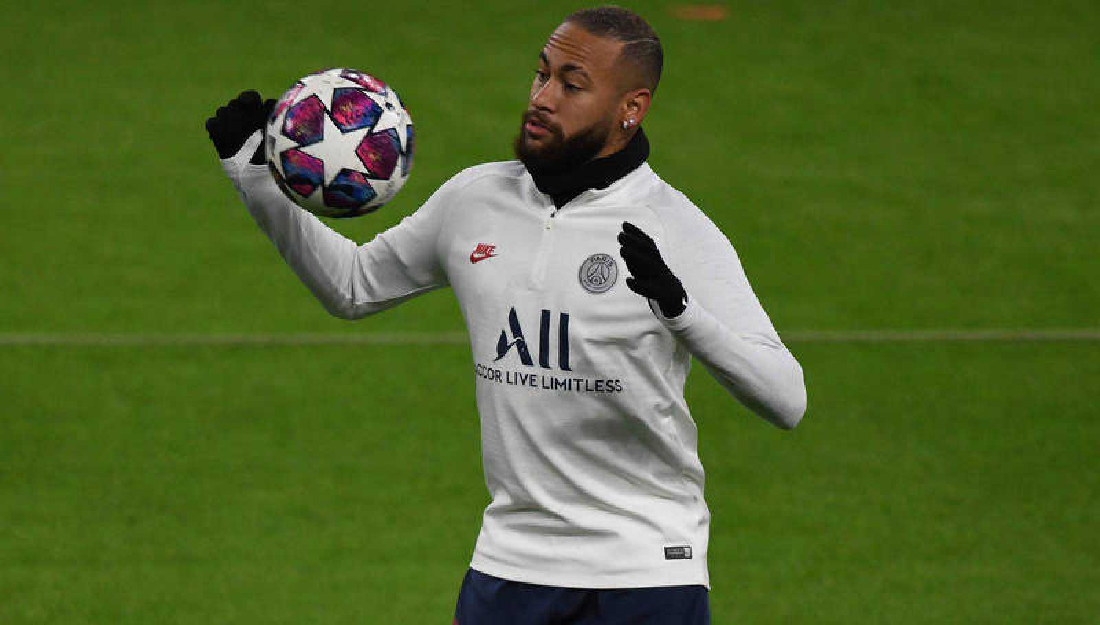 Neymar Jr., en un entrenamiento con el PSG.