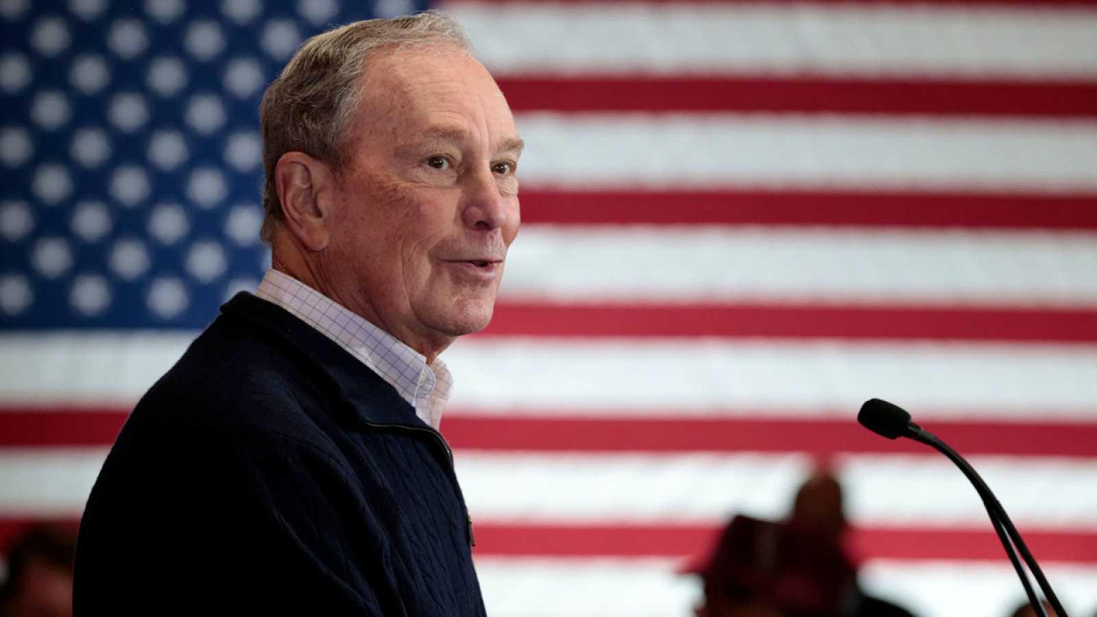 Mike Bloomberg, en un mitin en Michigan
