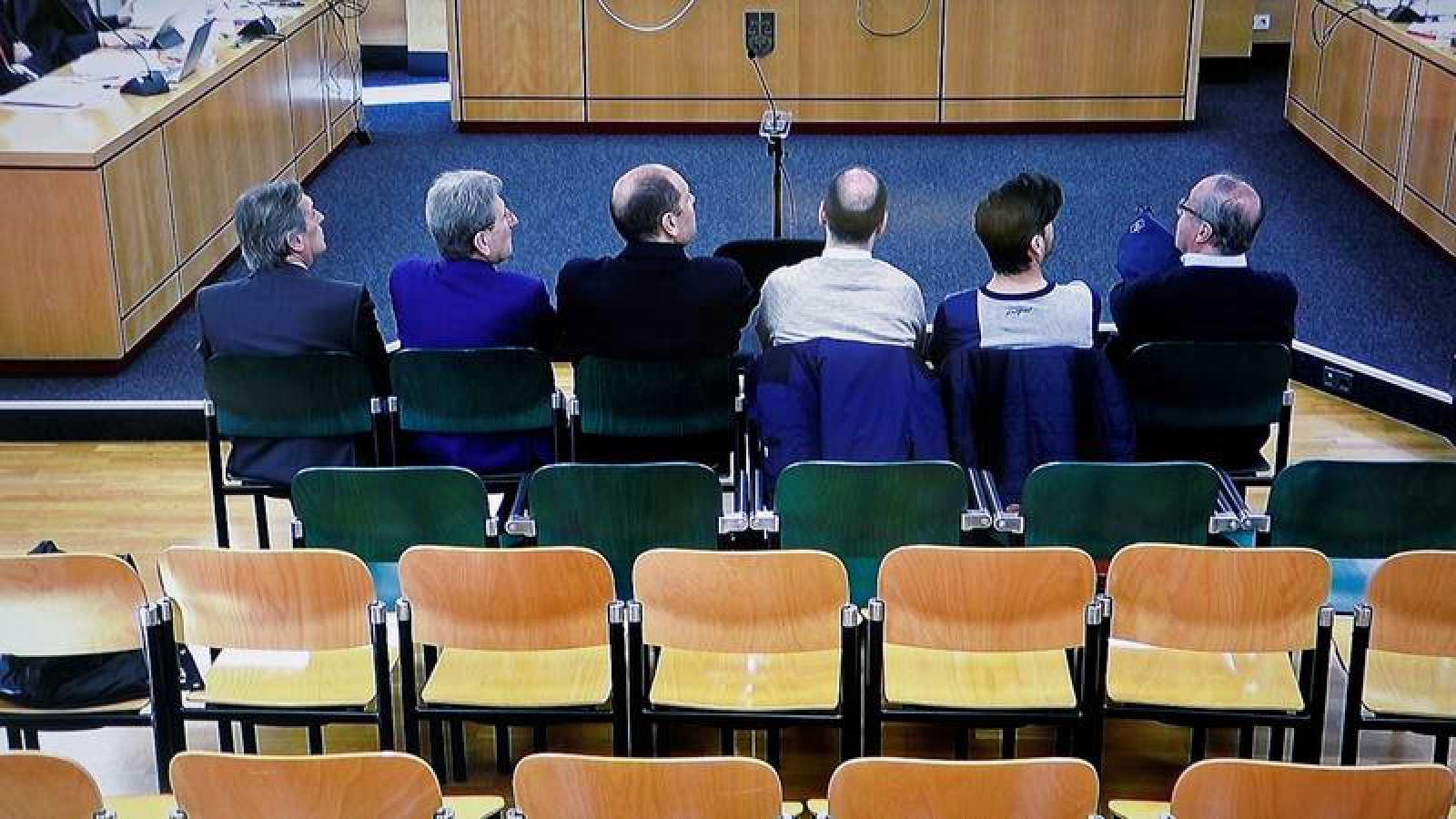 Imagen de la pantalla ed televisión de la sala de prensa del juicio por el denominado caso Osasuna.