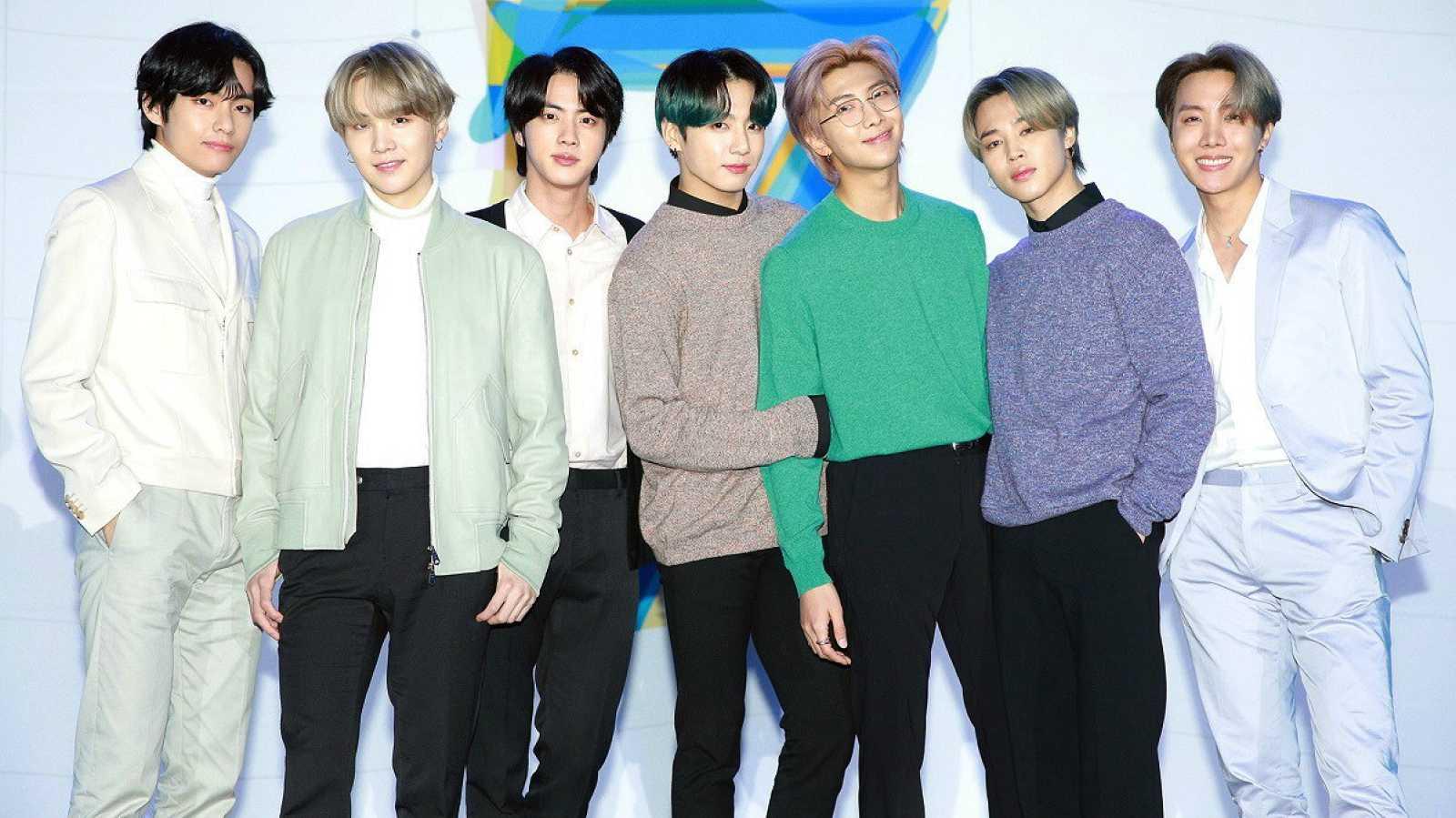 La boy band de K-Pop coreana BTS en Seúl