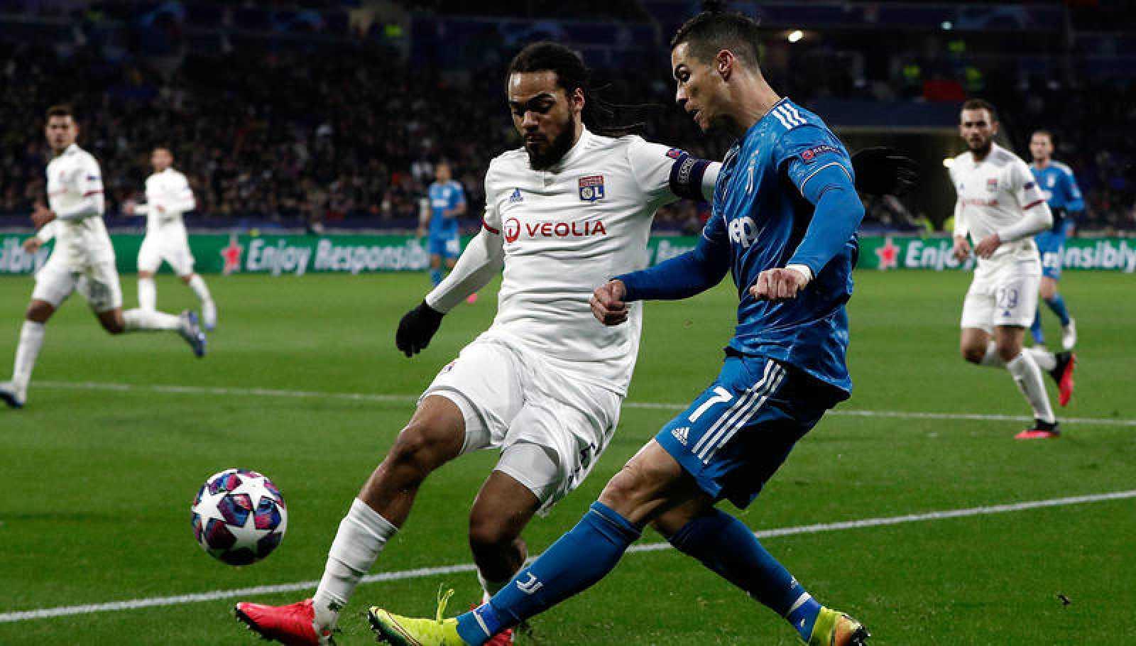 Cristiano Ronaldon, en el partido contra el Olympique de Lyon.