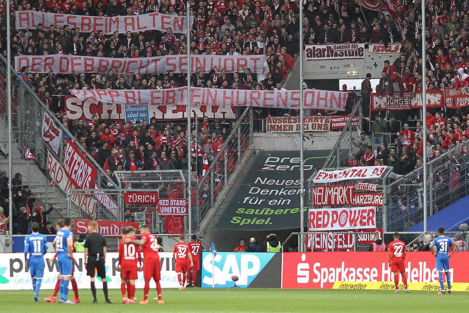 Hoffenheim y Bayer miran a la grada de los ultras bávaros
