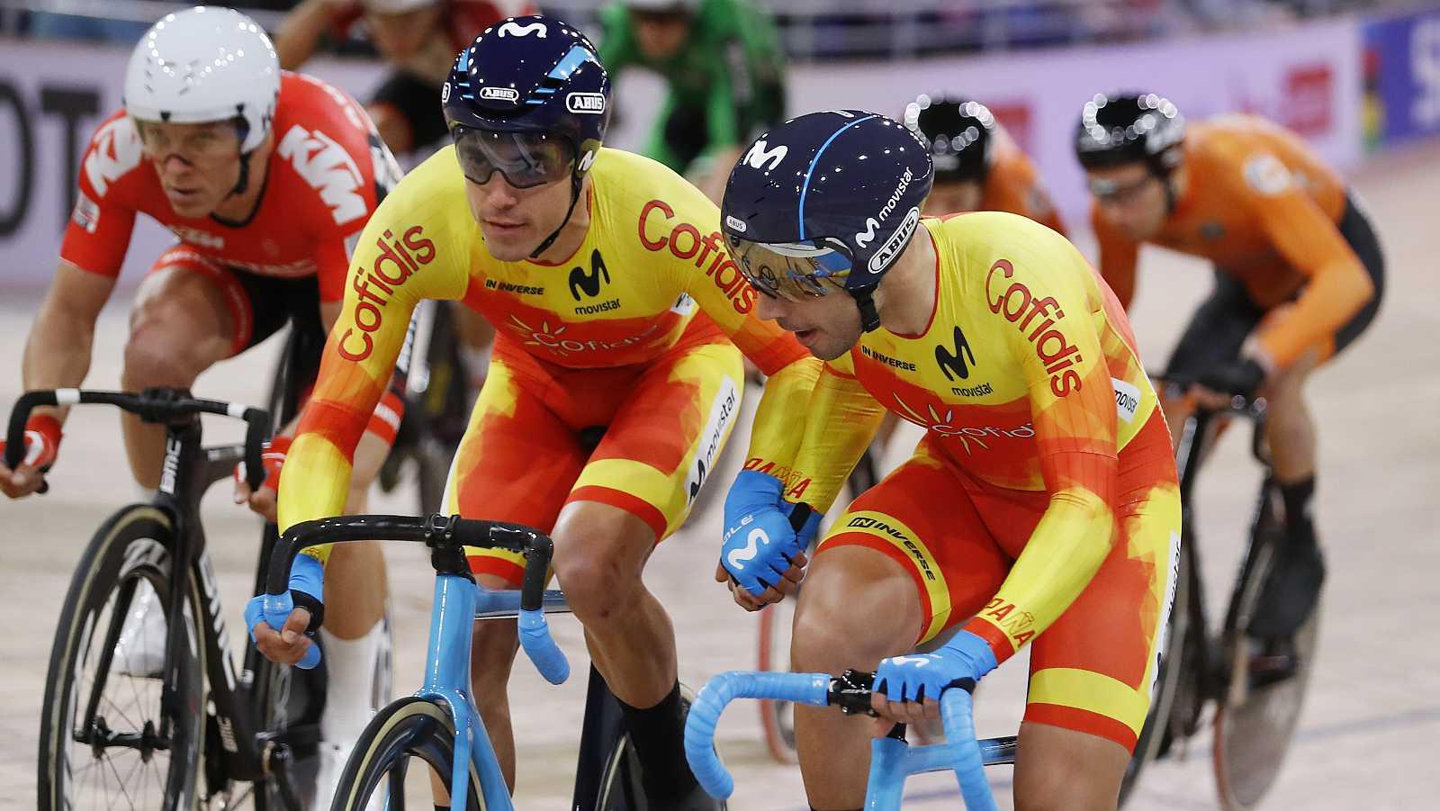 Albert Torrres (i) y Sebastián Mora (d) durante los mundiales de ciclismo en pista
