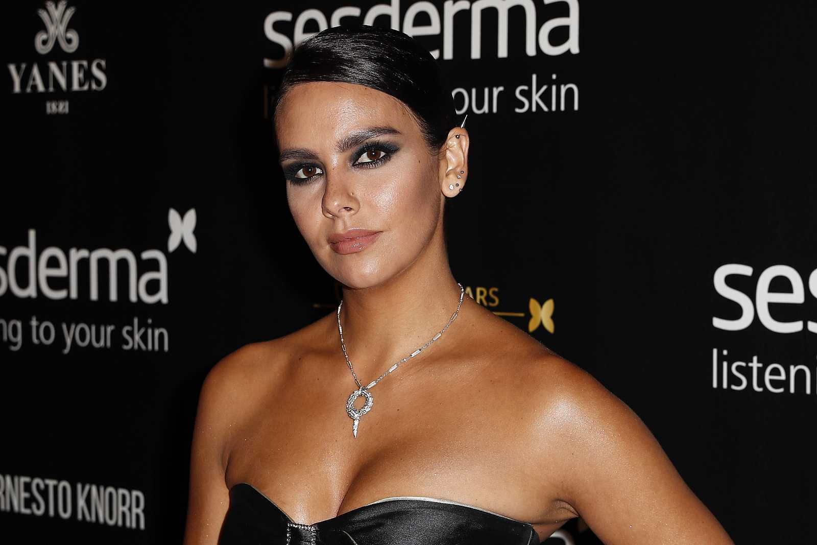 Cristina Pedroche en los premios Sesderma 2019