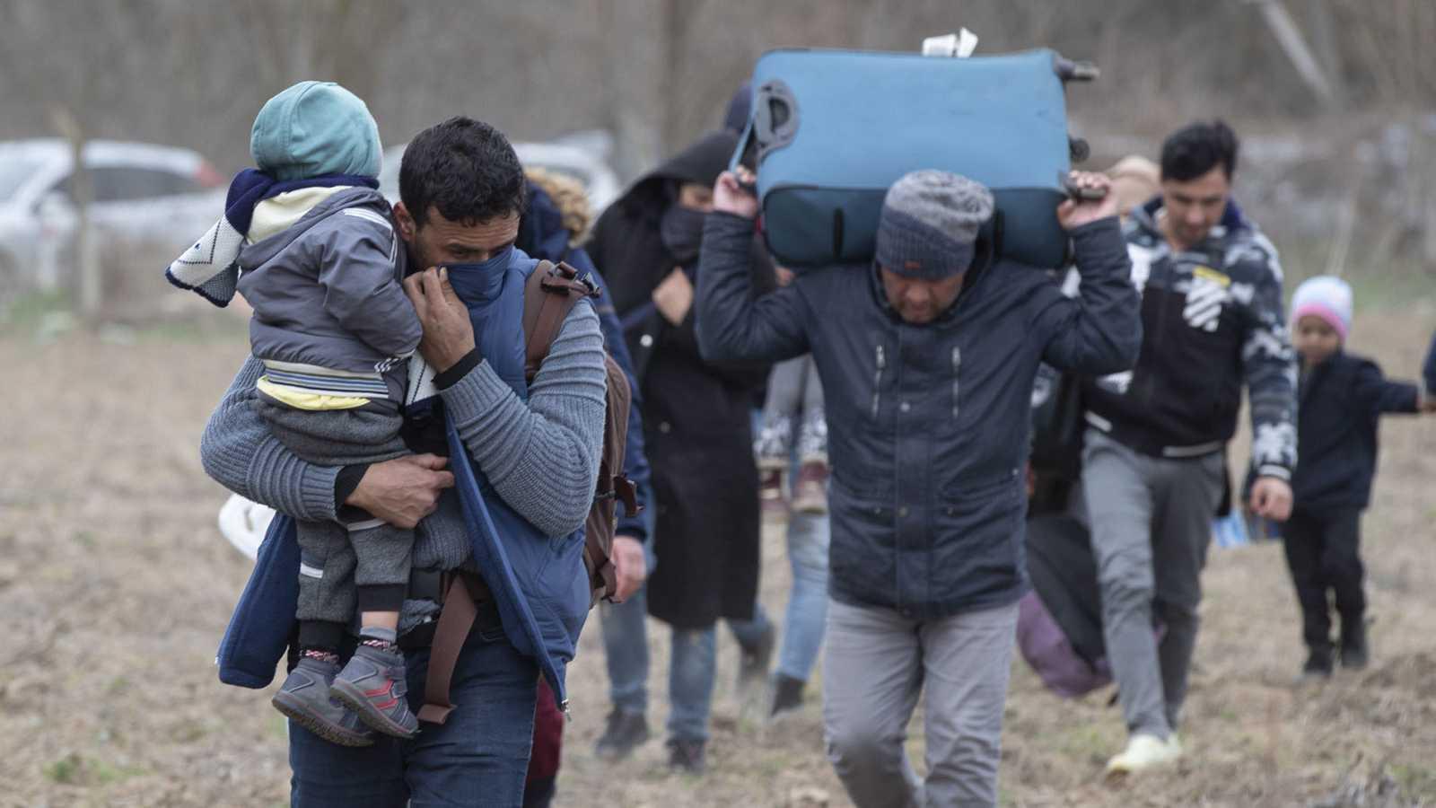 Refugiados sirios en la frontera turco-griega