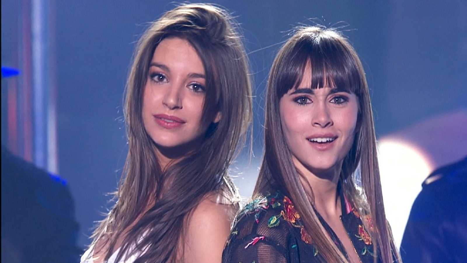 "Ana Guerra y Aitana de OT 2017 cantan ""Lo malo"""