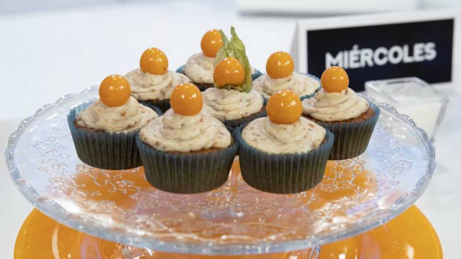 Cupcakes de carrot cake con frosting de queso crema