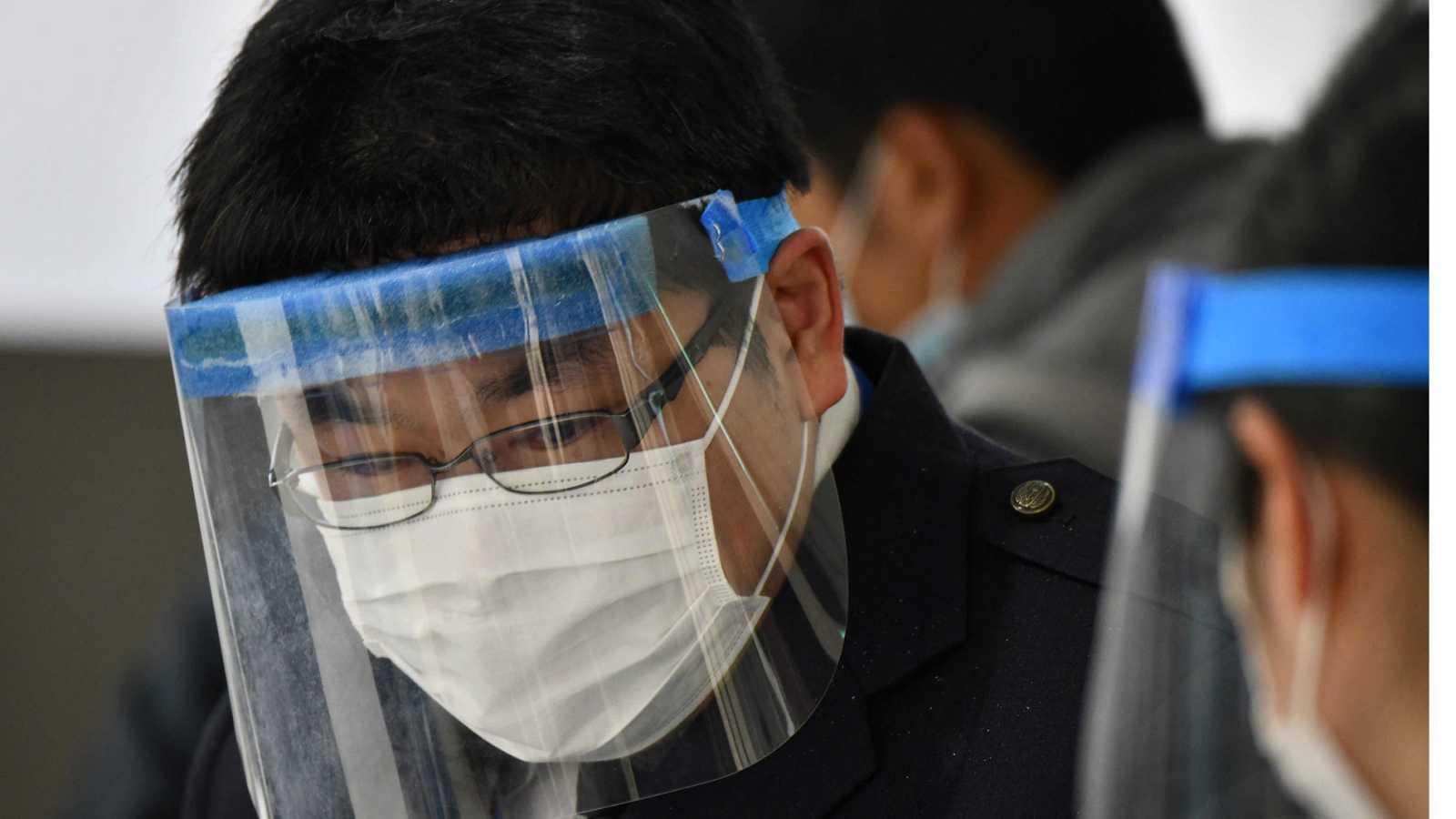El jefe del equipo médico chino dice que la epidemia del coronavirus durará globalmente hasta junio