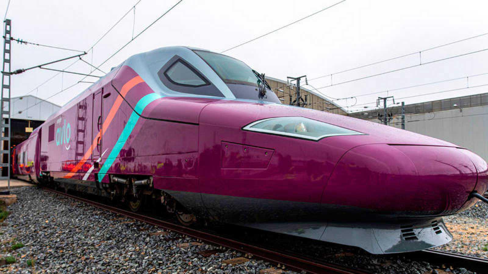 Un tren de Renfe de alta velocidad de bajo coste