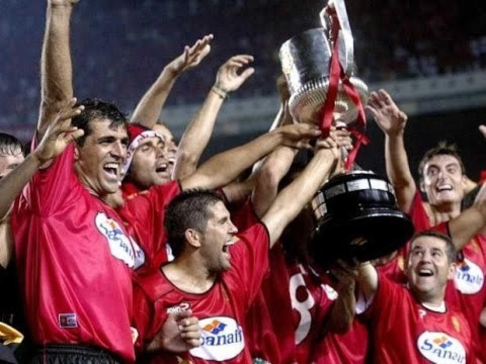"""#QuédateEnCasaConTDP: la rebelión de los """"modestos"""" RCD Mallorca y Recreativo de Huelva, finalistas de la Copa del Rey"""