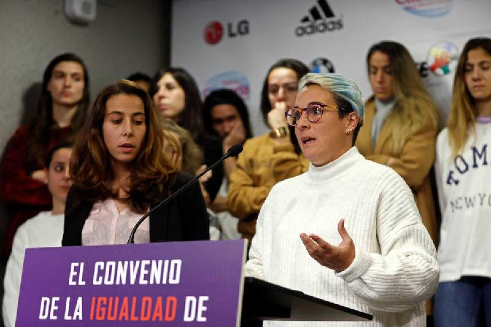 Imagen de archivo de la rueda de prensa de las futbolistas de Primera división por el Convenio Colectivo.