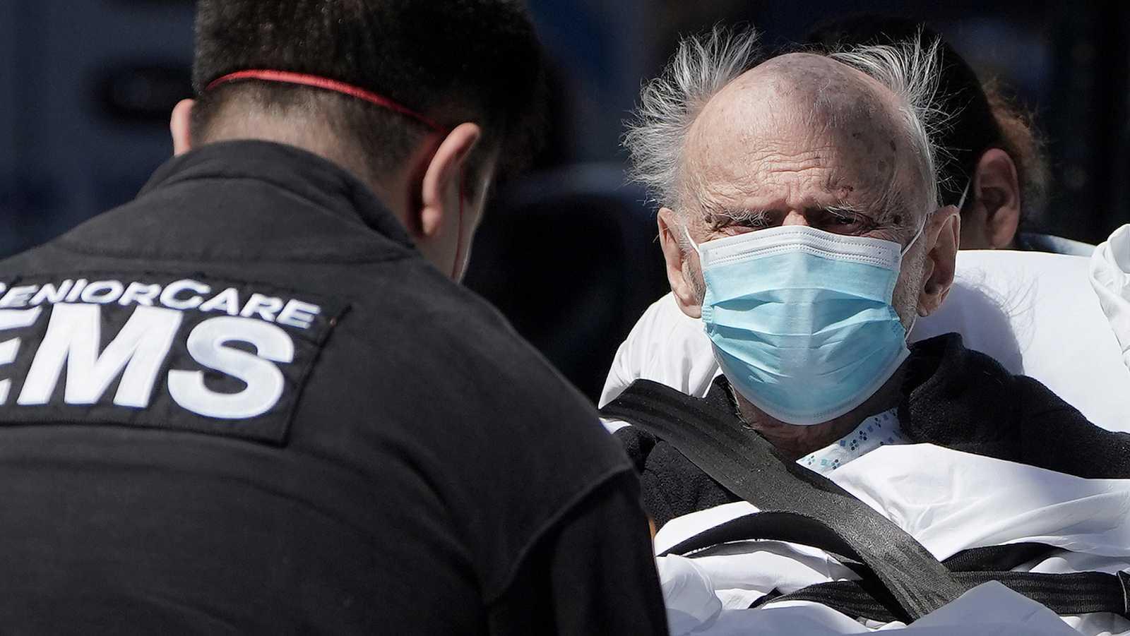 Imagen: Paciente con coronavirus en Manhattan, Nueva York