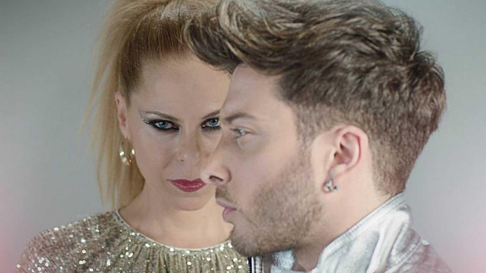 """Portada de """"Mi luz"""", el single de Pastora Soler y Blas Cantó"""